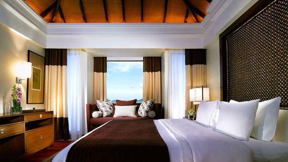 westin-bedroom