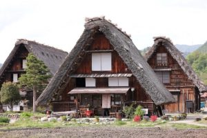 rumah segitiga, shirakawago